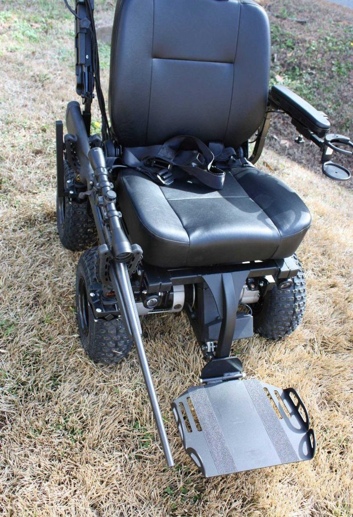 4-Wheel Drive Power Wheelchair